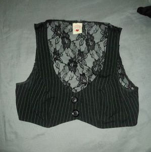 ❌ SOLD ❌ Pinstripe Button Up Vest